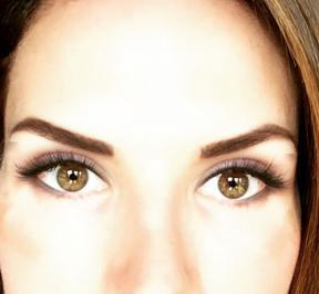 How do you know that you've got an experienced eyelash extension technician doing the job