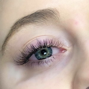 Full Set Classic Eyelash Extensions 2