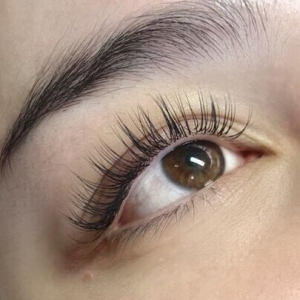 Full Set Classic Eyelash Extensions 7