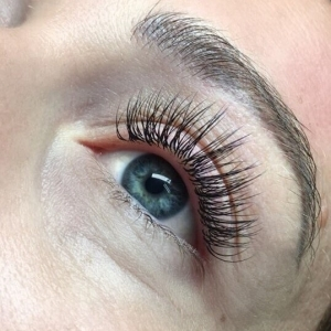 Full Set Classic Eyelash Extensions 8
