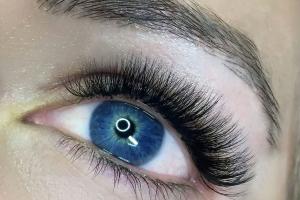 Full Set Classic Eyelash Extensions 15