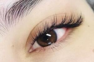 Full Set Classic Eyelash Extensions 6