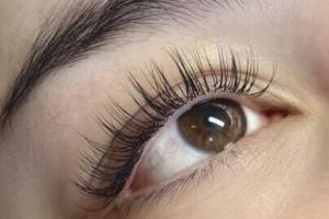 Full Set Classic Eyelash Extensions 7
