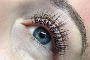 Full Set Classic Eyelash Extensions 8