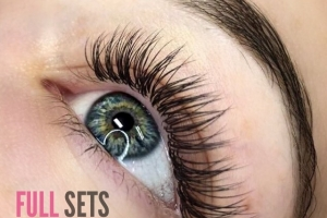 Full Set Classic Eyelash Extensions