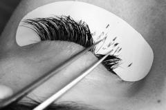 natural-looking-eyelash-extensions2