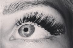 natural-looking-eyelash-extensions5