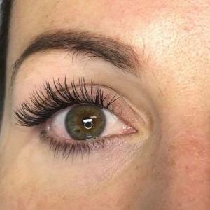 Glamour eyelash extension photo 4