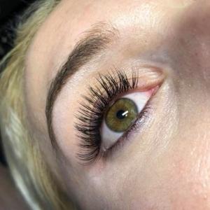 Glamour eyelash extension photo 5