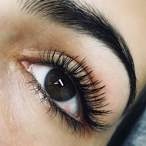Glamour eyelash extension photo 6