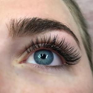 Glamour eyelash extension photo 9