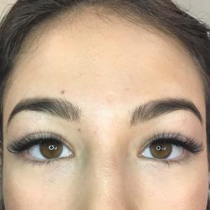 Volume Eyelash Extensions 1