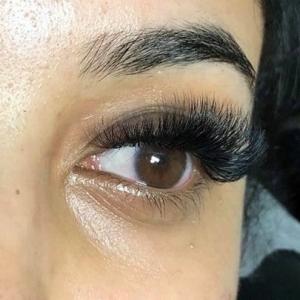 Volume Eyelash Extensions 23