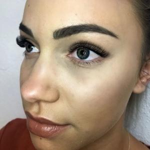 Volume Eyelash Extensions 36