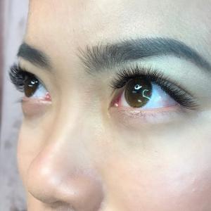 Volume Eyelash Extensions 39