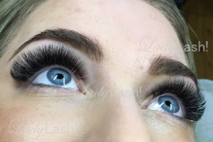 Maximum Russian Volume Eyelash Extensions 5D 6D at Lady Lash Newtown and Parramatta