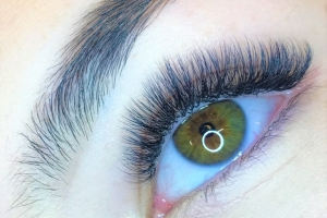 Volume Eyelash Extensions 10