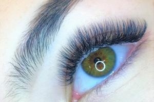 Volume Eyelash Extensions 10