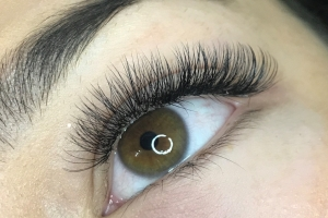 Volume Eyelash Extensions 11