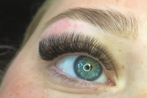 Volume Eyelash Extensions 17