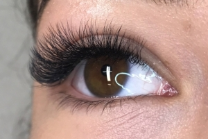 Volume Eyelash Extensions 27