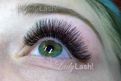 Medium Russian Volume Eyelash Extensions 4D at Lady Lash Newtown and Parramatta
