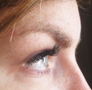 Glamour Set Eyelash Extensions 18
