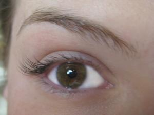 Half Set Eyelash Extensions1