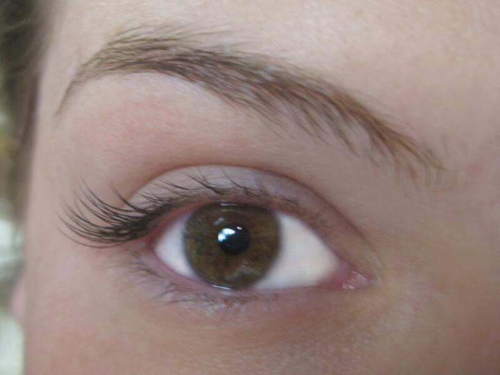 Half Set Eyelash Extensions1