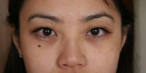 Natural Looking Eyelash Extensions 10