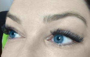 Volume Eyelash Extensions 12