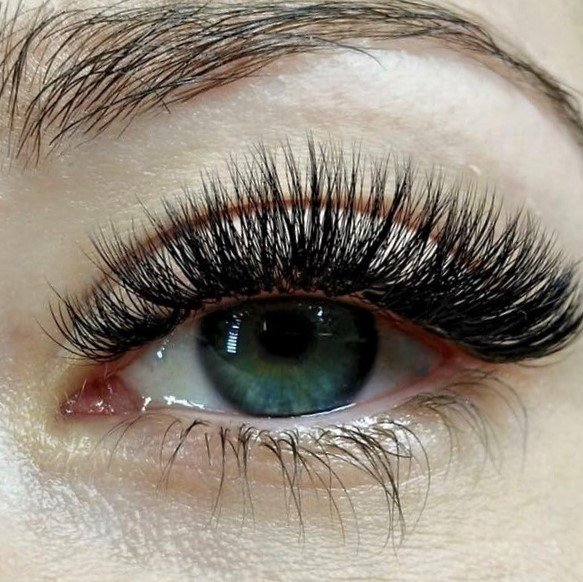 The Transition From Classic To Volume Lashes Want Them Fuller